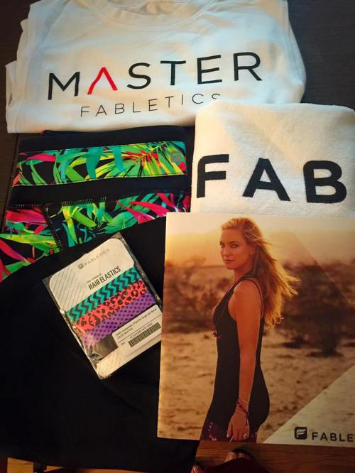 Kate Hudson gifted me some new gear and a sweet note. I'm very honored to be chosen as a Fabletics Master.