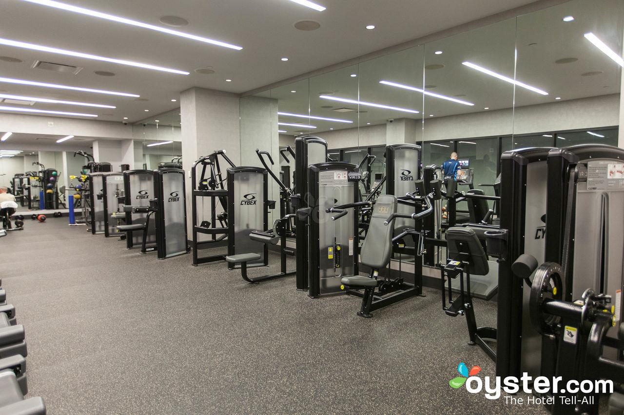fitness-center--v11682409-1280
